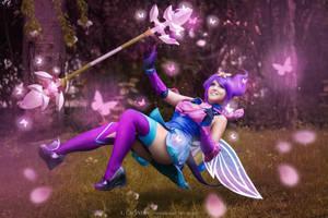 Lux Elementalist Mystic Cosplay by Kitsune-Raposa