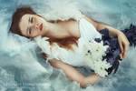 waves by Hanny-Honeymoon