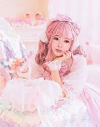 Sunny pink hair by nanas99