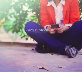 waiting . . by ElAinawya
