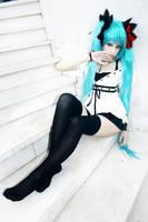 Cosplay Miku Vocaloid by IchikoXares