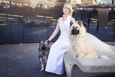 FFXV: Lunafreya with Umbra and Pryna by princess-soffel