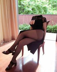 Sitting down by objectifier
