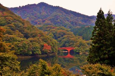 Usui Lake in October by Furuhashi335