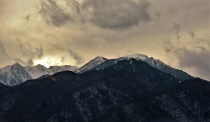 Sunset in a snow mountain of Japanese Central Alps by Furuhashi335