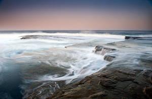 Terrigal Waves by brentbat