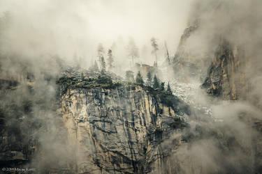 Land of Dragons by MaciejKarcz