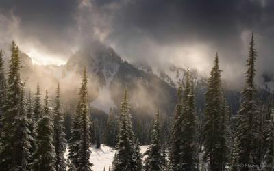 Mazama Ridge 2 by MaciejKarcz