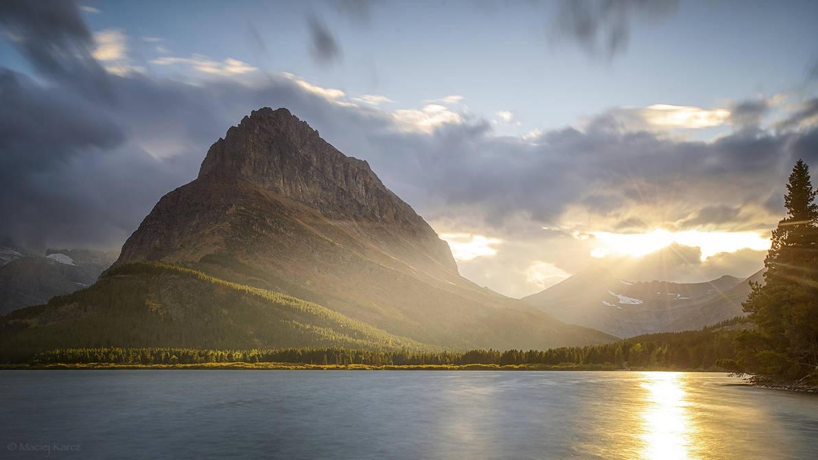 Swiftcurrent Lake by MaciejKarcz