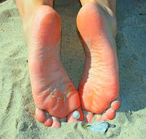 Barefoot in the evening by tkbnet24