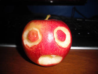 Scared Apple by Totaler