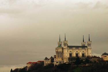 Notre-Dame de Fourviere by jmoisan