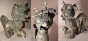 Stoned Twilight Sparkle - Sculpture by MadameLeFl0ur