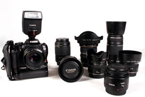 Canon 400-D - Brand Loyal 3 by UniqueNudes