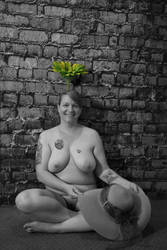 OUTTAKE - Flowerpot by UniqueNudes
