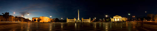 Heroes' Square by DS1985