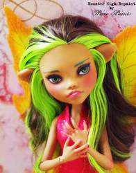 Autumn Fairy - Monster High Repaint by PixiePaints