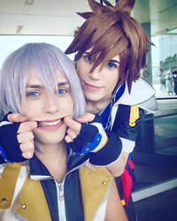 Sora and Riku Cosplay, Smile! by hakucosplay