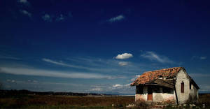 Lonely house by GDALLIS