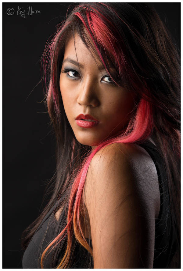 Kay-Noire's Profile Picture