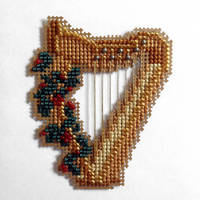 Christmas Harp by pinkythepink