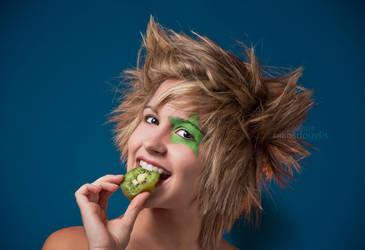 Kiwi Girl by nikosdouvlis