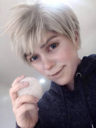 Cosplay Makeup: Jack Frost by behindinfinity
