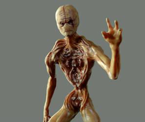 alien - torso by leoincba
