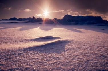 Winter... by MikkoLagerstedt