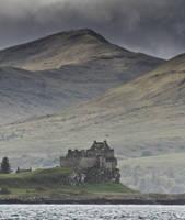 Duart Castle, Mull, Scotland by ukwreckdiver