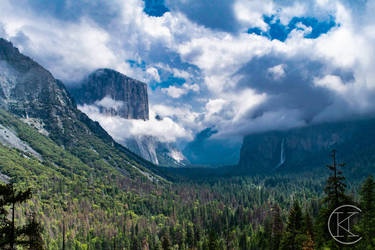 Yosemite and Clouds by Hfar