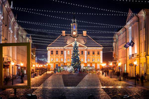 Tartu town square by sulevlange