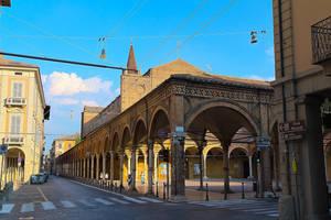 L'incrocio della Via Guerazzi e Via Maggiore by N1cn4c