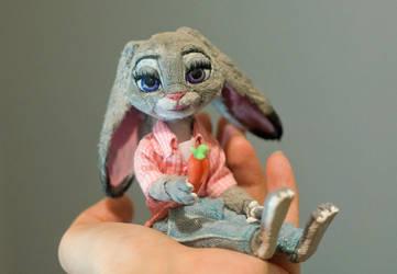 Judy Hopps by Semitsvetik