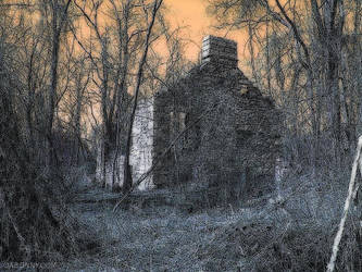 Lockie House - Spooky by Lectrichead