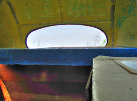 Back of the bus, HDR by Lectrichead