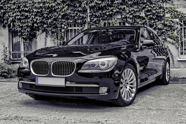 BMW 7 F01 by Abrimaal