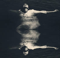 Kiss the sea by iNeedChemicalX