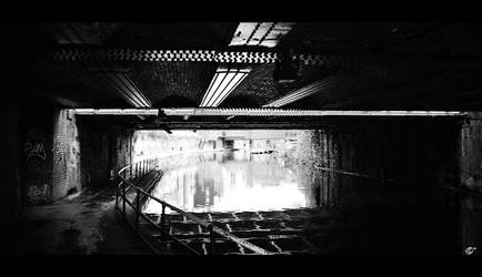 London heavy BW by Moricettekipukipete