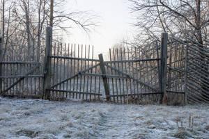 Frozen Gates by ManicHysteriaStock