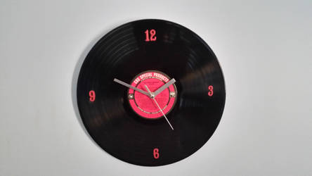 Pink  vinyl clock by Tech-Tonic