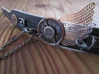 Steampunk Leather cuff by kaztielkrafts
