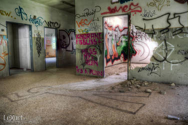 chalk outline by LexartPhotos