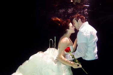 Underwater Romance by SonjaPhotography