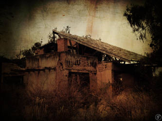 Deadhouse by bluelotuseater