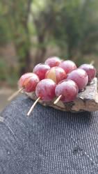 tiny grape kabobs by Dormina