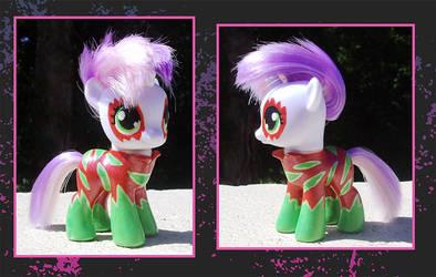 My Little Pony Custom - Sweetie Belle by kaizerin