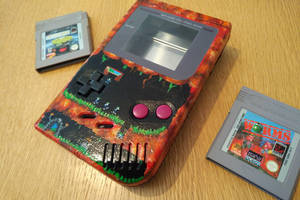 Lemmings gameboy case custom painted by Bubblypies