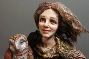 Marylin and the Owl close up by MarylinFill