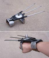 Steel claws by Astalo